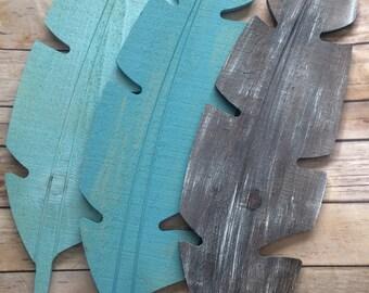Rustic Weathered Feather Wood Wall Hanging, Farmhouse Decor, Boho Decor, Nursery Decor, Wood Feather Sign, Feather Decor, Tribal Decor