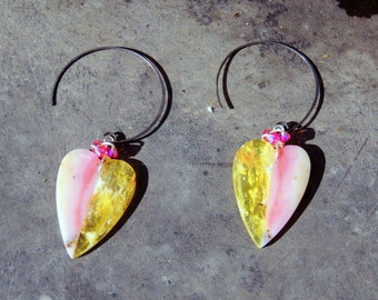 Oxidized silver hoops with hearts in pink and yellow Opal 35 * 25mm