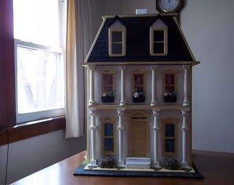 18th Century French Dollhouse