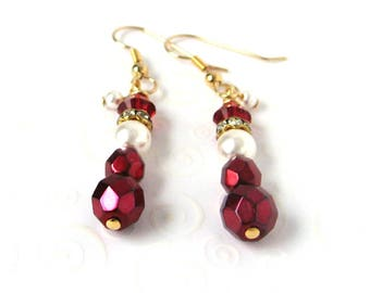 Santa Claus Earrings, Red Christmas Earrings, Red and Gold Holiday Jewelry, Gift Idea, Beaded Santa Earrings, Stocking Stuffer