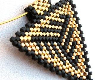 Dramatic Gold and Black Peyote Triangle Pendant (2321) - A Sand Fibers Made-to-Order Creation