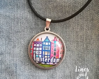 Pendant Amsterdam necklace / Amsterdam gift / Traveler gift / Amsterdam Souvenir / Made to order jewelry / Dutch houses / Charm necklace