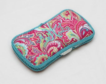 Personalized Wipes Case - Hot Pink Paisley