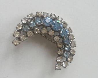 Moon shaped brooch
