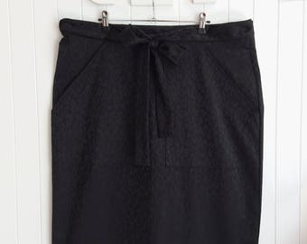 Black Leopard Print Wrap Skirt with pockets