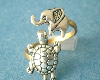 Silver turtle ring with an elephant, adjustable ring, animal ring, silver ring, statement ring