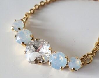 White Opal Crystal Necklace,Swarovski Necklace,White Bridal Necklace,Crystal Halo Necklace,Statement White Opal Jewelry - GIFT
