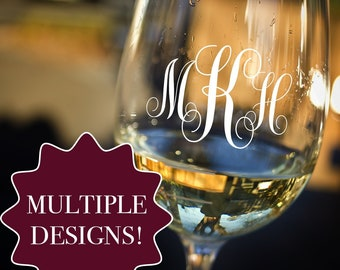 Personalized Etched Wine Glass / Mothers Day Gifts / Bridesmaid Gifts / Gifts for Her / Gifts for Women / Gifts for Wife / Girlfriend Gifts