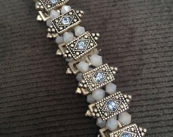 Beaded elegant bracelet