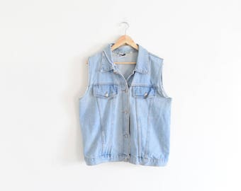 DENIM JACKET VEST || size womens x large || 90s || jean || destroyed || classic || worn || wide || distressed | grunge | chambray | vintage!