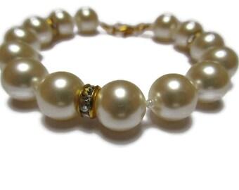 White Swarovski pearl bracelet / White pearl bracelet / Dainty bracelet / 7 inch bracelet / Wedding bracelet / Beaded bracelet