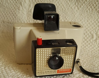 1965-1970 Polaroid Swinger Model 20 Land Camera