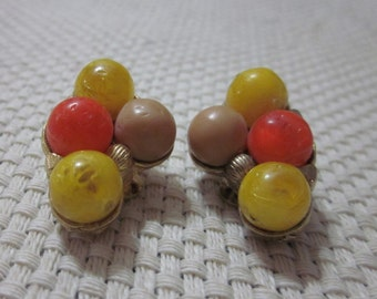 Funky Vintage Orange and Yellow clip on Earrings in gold tone