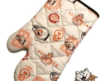 Oven mitt made with BB8 fabric