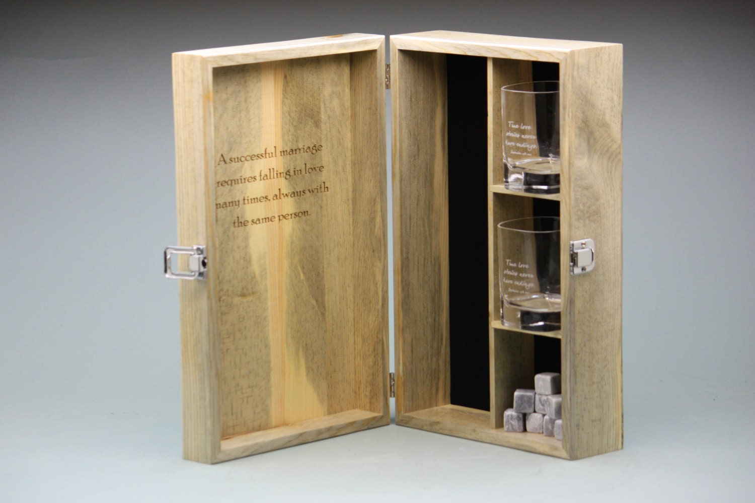 custom engraved whiskey box set w 2 engraved glasses and. Black Bedroom Furniture Sets. Home Design Ideas