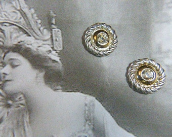 Vintage Rhinestone and Silver Clip Earrings - V-EAR-337 - Round Rhinestone Earrings - Circular Rhinestone Clip Earrings