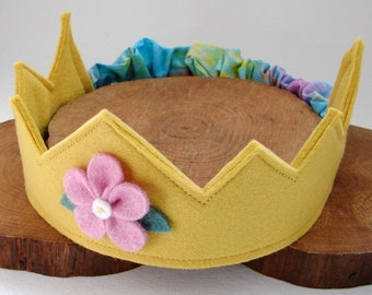 Wool Felt Crown -- Fairy Child crown in 100% merino wool with hand dyed flower