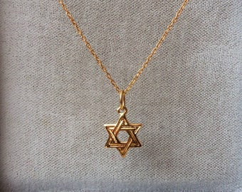 18ct Gold over Sterling Silver Star of David Pendant Necklace.