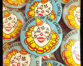 1pc VINTAGE CIRCUS BUTTON Souvenir of The Circus