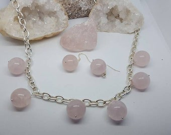 Rose quartz necklace and earrings