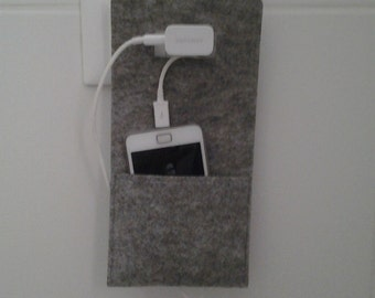 Felt pouch for phone, grey