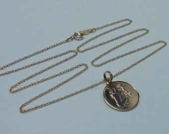 """14K Yellow Gold Pendant with 18"""" Chain"""