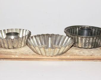 Fluted cake pans,metal cake pan,set of 3,angel food cake pan,bundt cake pan,metal jello mold,hammered aluminum,bakery decor,bakers gift