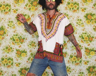 Vintage White Psychedelic Funky Tunic Dashiki Shirt. Caftan Style Ethnic Trippys Shirt. LSD Hippie Boho Fashion. Rare Guru African Fashion