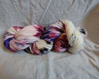 Show boat, yarn, hand dyed, crochet, knit, merino, superwash, wool