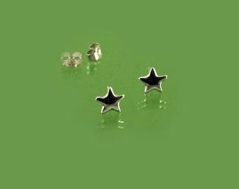 Star stud earrings hand-crafted in 925 sterling silver