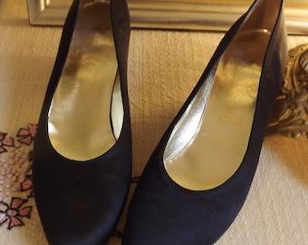 Black Pumps, Ferragamo Designer Shoes, Womens Black Shoes, Black Wedding Shoe, Formal Satin Shoes, Size 6.5 6 1/2 AAAA Quad Narrow