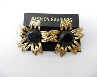 Deadstock Vintage Gothic Lolita Lightweight Floral Crystal Flower Earrings Cheap Earrings New Old Stock Black Crystal Stud Earrings NOS