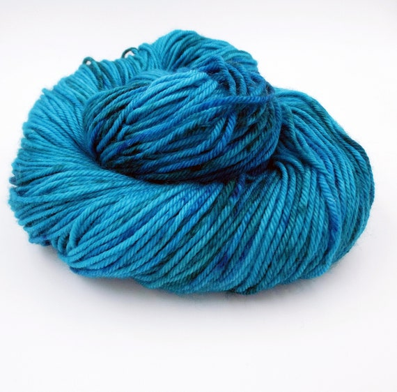 Hand Dyed Yarn 100% Superwash Merino Yarn Worsted Weight Yarn - 220 Yards - Tonal Yarn Blue Yarn Speckled Yarn - Aegean Sea