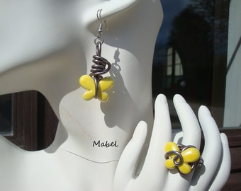 Iridescent ceramic Yellow Butterfly, Adjustable ring and earrings set