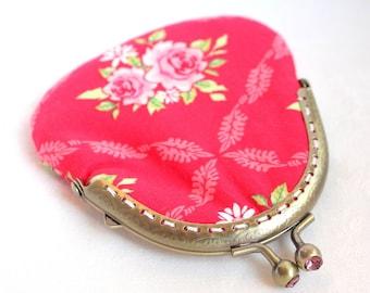 Coin purse Tilda fabric Roses on Fucshia Red Pink Jewel Kisslock Metal Frame