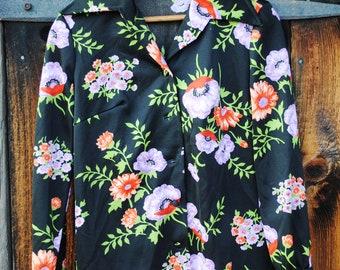 Happy Hippy Poppy Novelty Print Seventies Shirt