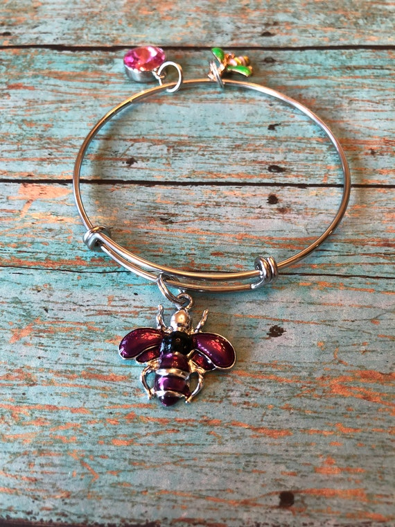 Bumble bee bangle bracelet charms