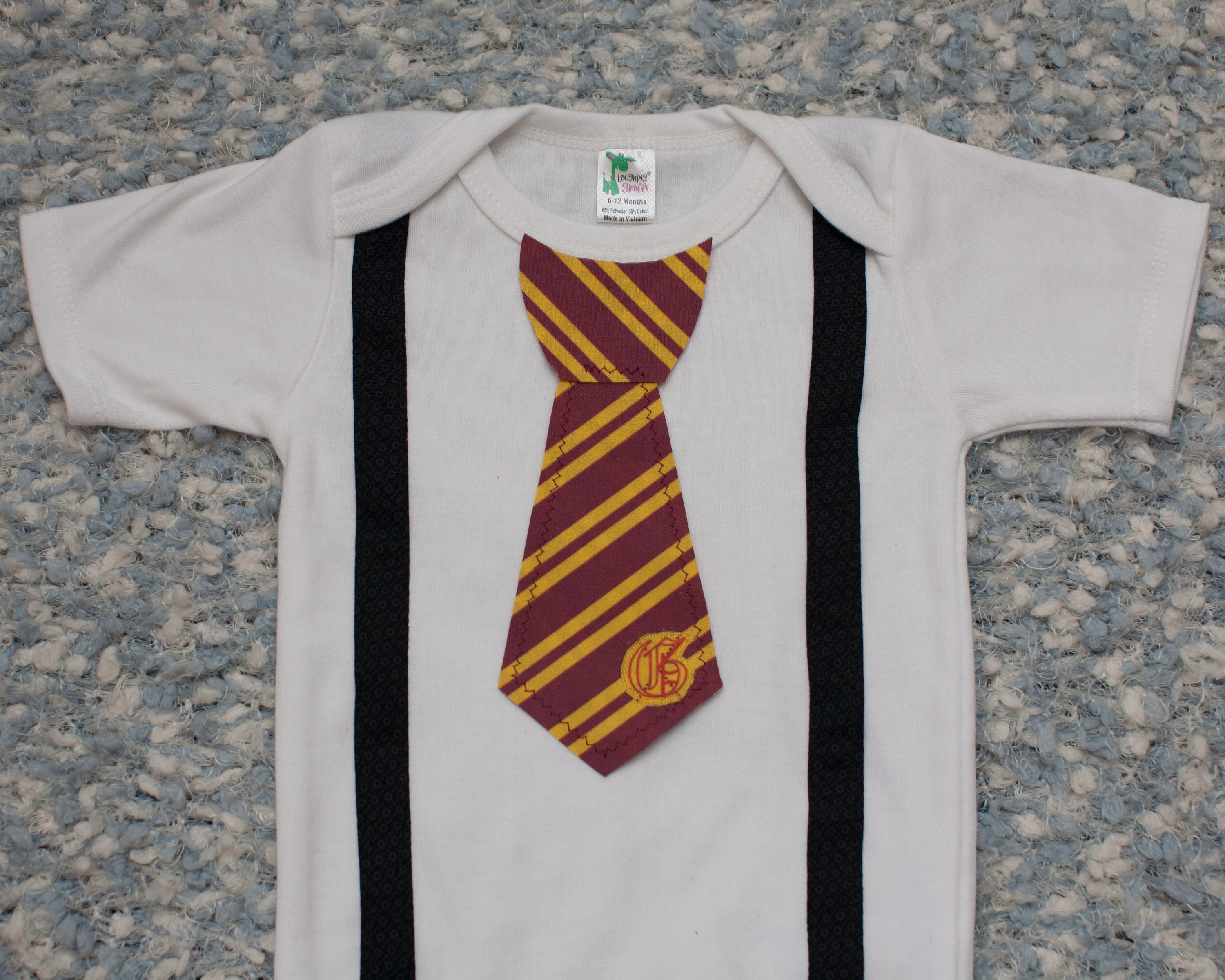 Harry Potter esie with Tie Harry Potter Gryffindor baby