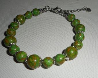 Green howlite stone bracelet