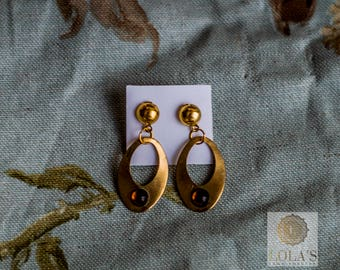 Golden Flamenco earrings with colored balls