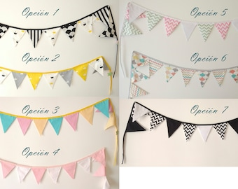 Banners of fabric ideal to give a fun touch to the room or playroom of the small of the house.