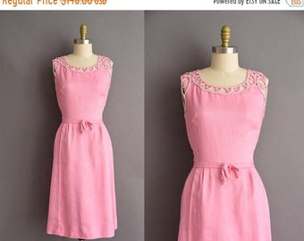 25% OFF SHOP SALE..//.. vintage 1950s pink linen cutout wiggle dress Large Xl 50s vintage day dress