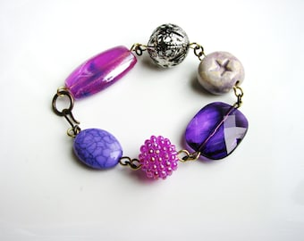Chunky Beaded Bracelet Purple Beads Bracelet Stackable Statement Bracelet Minimalist Jewelry Beaded Bracelet Simple Fashion Bracelet