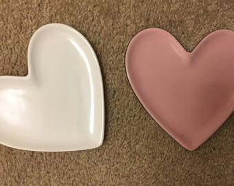 CUSTOMIZED Valentine's Day jewelry heart dishes! I will write anything you want in any color!!!