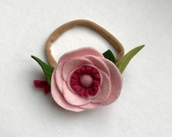 PETAL// single flower// felt flower