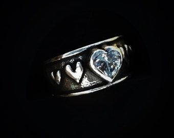 Rockin Out Jewelry - Cupid - Heart Ring - Sterling Silver - Women's - Love - Classy - Western Style - Valentines Ring For Her - Gift - Girls