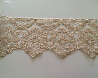 Embroidered lace tulle 8.5 cm wide beige dark Café au lait