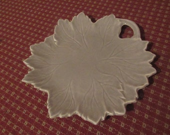 STEUBENVILLE WOODFIELD grey leaf lunch or dessert plate