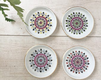 Moroccan Ceramic Coasters, Round Coasters, Coasters with Lip, Moroccan Decor, Middle Eastern Design, Set of Four Coasters, Bohemian Design