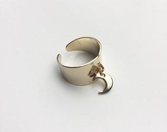 """moon"" ring gold"